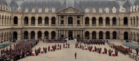 1086354_3_8476_ceremonie-aux-invalides-en-hommage-aux-dix_fe48d73ab6598394658e3a073bb26e4f.jpg