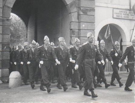 CHERCHELL, 11 Novembre 1959 le peloton IMO.jpg