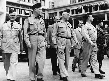 Algiers_putsch_1961.jpg