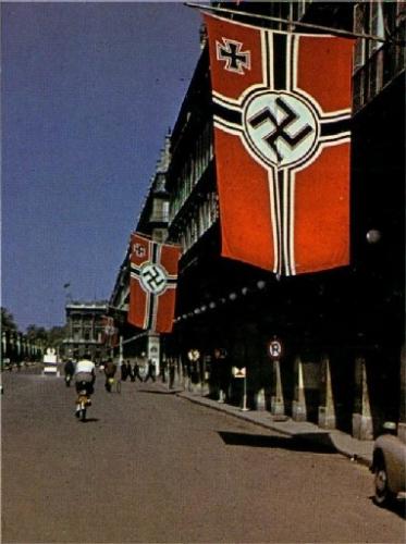 palais-royal1940.jpg